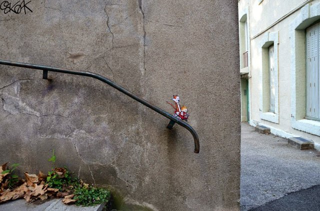street-art-interacting-with-surroundings-4